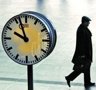 노후 걱정 많은 40~50대 직장인이 탐낼 종목 찾아보니… | 증권 | 한경닷컴