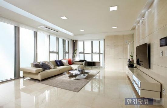 '래미안 용산' 공동주택(아파트)의 전용면적 161㎡ 거실. (자료 삼성물산)