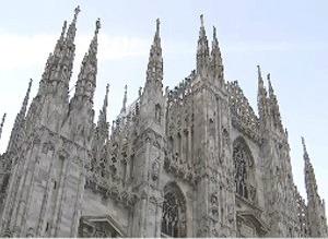 밀라노 두오모 성당에 충돌 / 밀라노 두오모 성당에 충돌 사진=YTN 방송 캡처