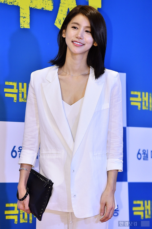 ↑오인혜, '패션만큼 눈에 띄는 미모'