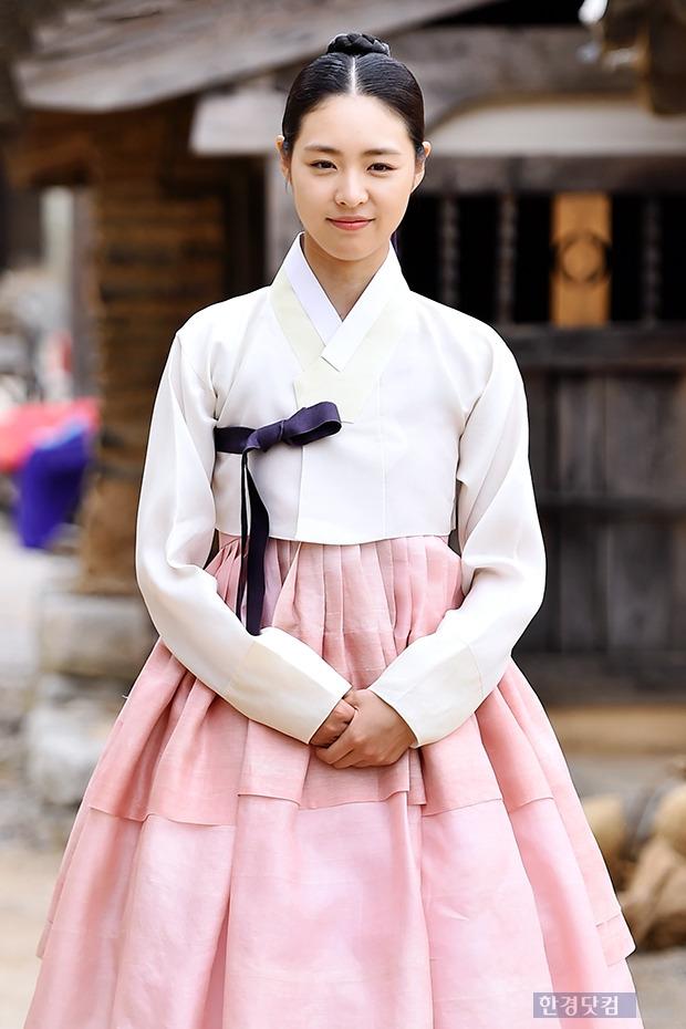 ↑이연희, '단아한  청순 미모'
