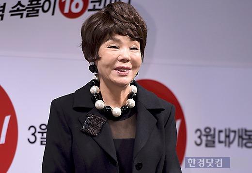 김수미. 지난 1월 영화 '헬머니' 제작보고회 당시의 모습. 사진=변성현 기자