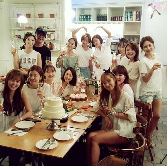 배용준 박수진 결혼 / 배용준 박수진 결혼 사진=전혜빈 인스타그램