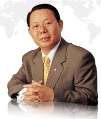 박성철 신원그룹 회장(사진=신원 홈페이지)