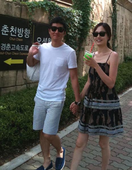 미쓰라진 권다현과 결혼 발표 / 투컷-투컷 아내 사진 = 투컷 트위터