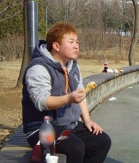 허각 치킨 구구데이 / 사진=온라인 커뮤니티
