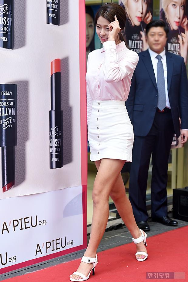 ▶ AOA 설현, '이목 집중시키는 대세녀의 등장'
