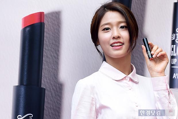 ▶ AOA 설현, '이렇게 예쁘니 반할 수 밖에…'