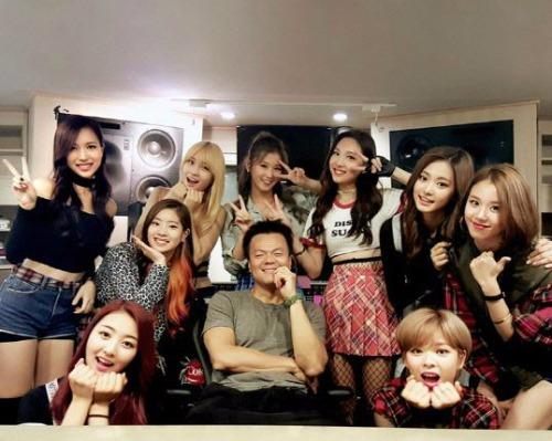트와이스 데뷔 / 사진=박진영 인스타그램