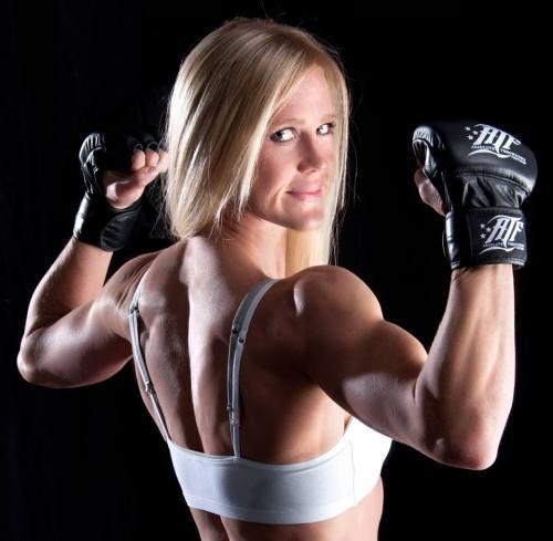 UFC 론다 로우지 홀리 홈 / UFC 론다 로우지 홀리 홈 사진=홀리 홈 페이스북