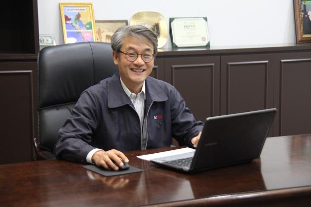김종철 멕아이씨에스 대표이사(사진=IR큐더스 제공)