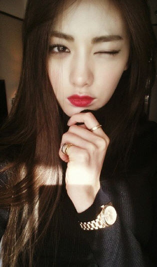 세계에서 가장 아름다운 얼굴 1위 나나 /나나 인스타그램