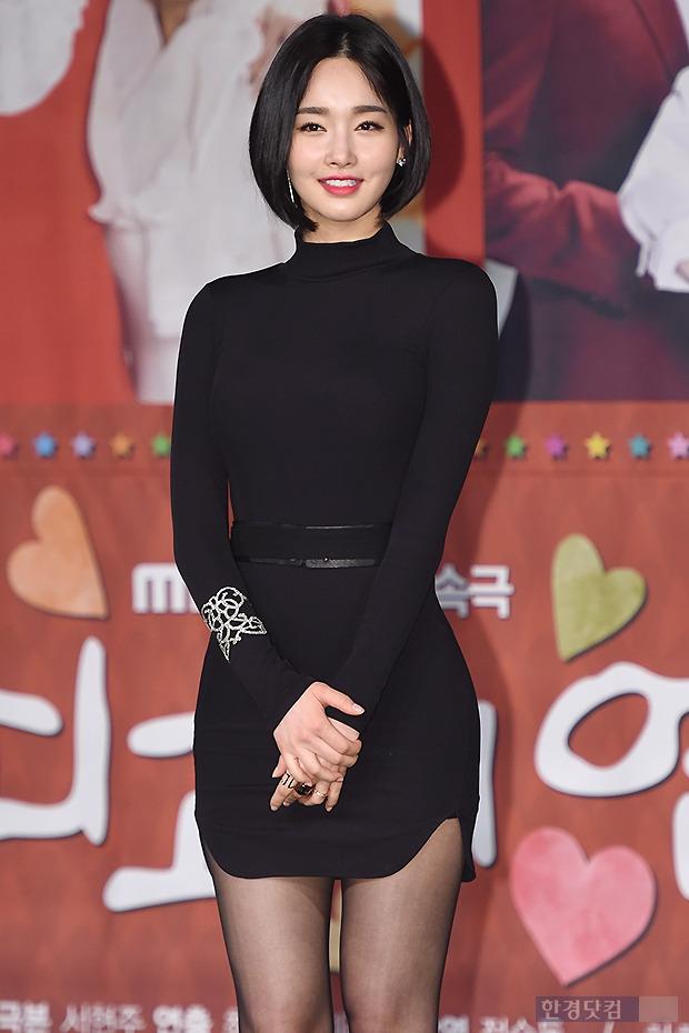 ▶ 김유미, '男心 뒤흔드는 매혹적인 모습'