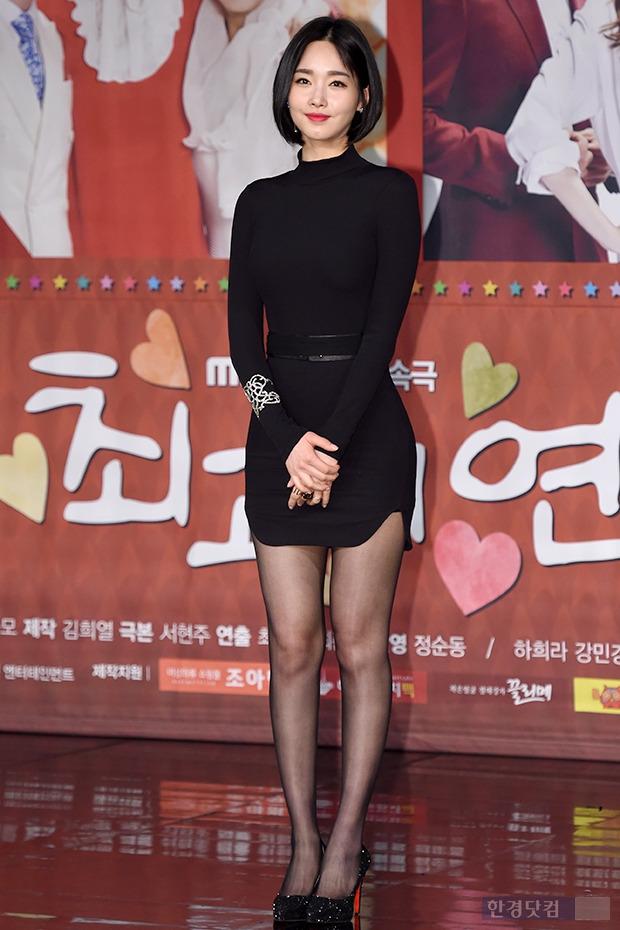 ▶ 김유미, '시선 강탈하는 완벽한 마네킹 몸매'