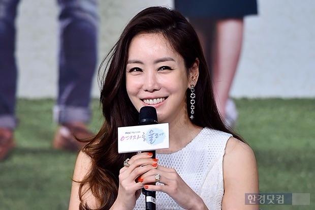 '결혼' 배우 김정은 / 사진 = 한경DB