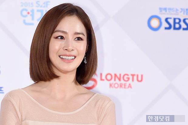 ▶ 김태희, '감탄을 금할 수 없는 여신 미소~'