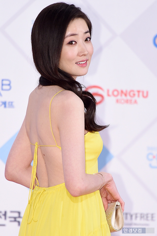 ▶ 최정원, '남자들 마음 흔드는 유혹~'