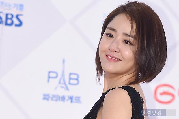 ▶ 문근영, '우아한 모습에 눈길~'