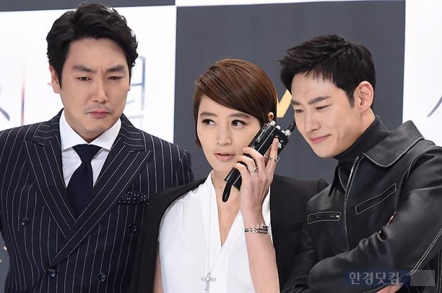 '시그널' 김혜수 이제훈 조진웅 /사진=변성현 기자