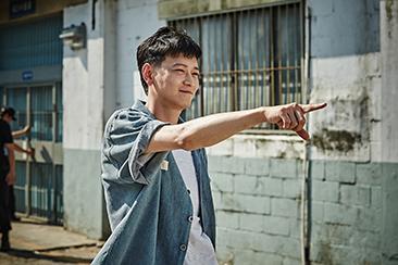 <사진: 영화 '검사외전' 중. 쇼박스>