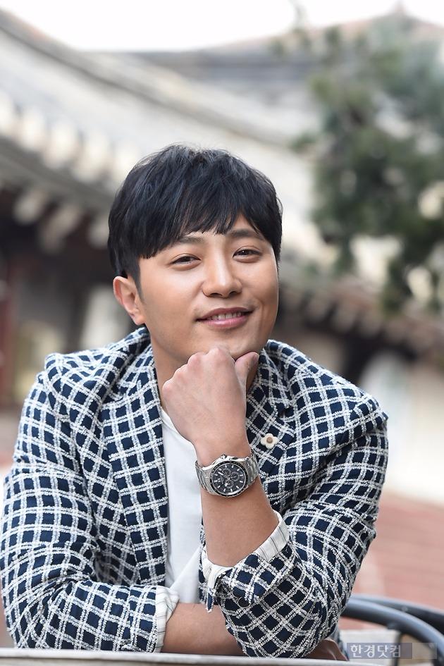 배우 진구가 극중 김지원과의 러브라인에 대해 기대감을 전했다. /사진=변성현 기자