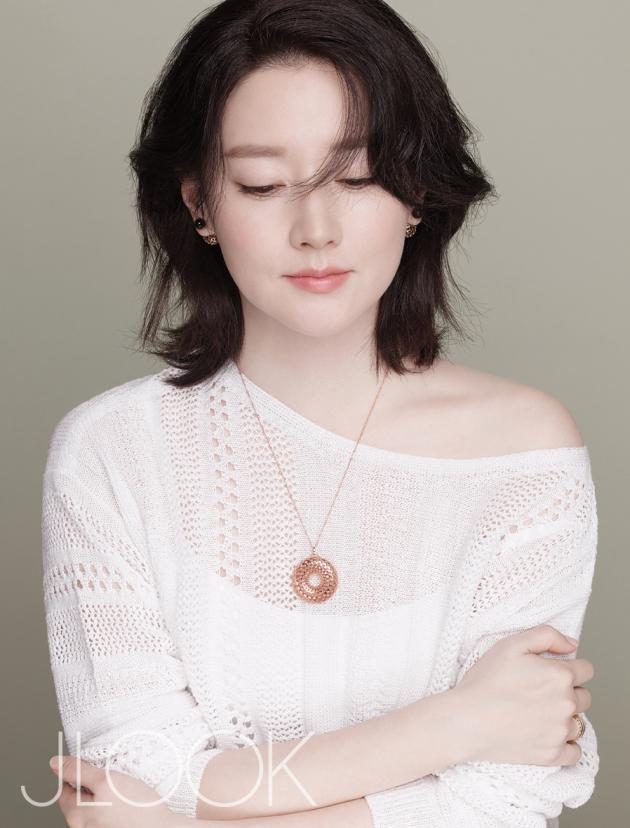 이영애 / 사진 = 제이룩 화보