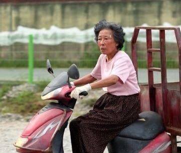 원로배우 김진구 사망 / 사진 = 영화 '할머니는 1학년' 스틸