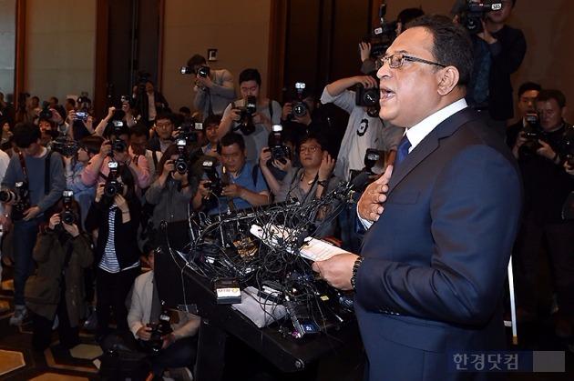 옥시는 2일 기자회견을 열고 사건 발생 5년 만에 공식 사과했다. 사진=변성현 기자