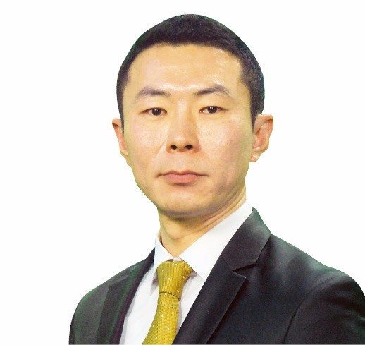 OLED 기술 눈독들이는 중국…삼성·LG디스플레이 '수출 청신호', 전기차·신재생에너지도 주목