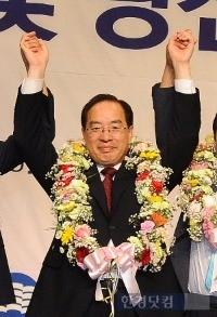 20일 한국교총 회장에 당선된 하윤수 부산교대 총장. / 한국교총 제공
