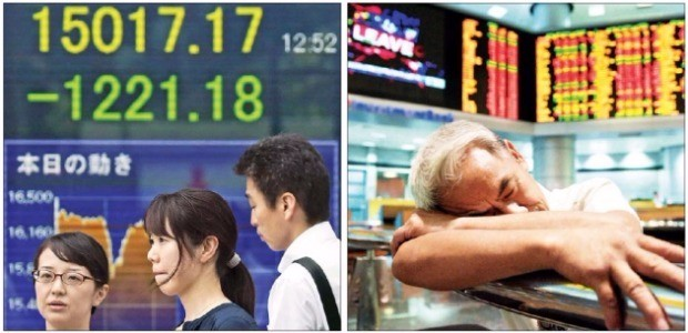 영국의 유럽연합(EU) 탈퇴(브렉시트) 국민투표에서 예상과 달리 EU 탈퇴가 우세한 것으로 나타나자 24일 일본 닛케이225지수가 7.92% 폭락하는 등 세계 금융시장이 큰 혼란에 빠졌다. 일본 도쿄의 한 증권사 객장에서 고객들이 떨어지는 주가지수에 걱정스러운 표정을 짓고 있다(왼쪽). 말레이시아 쿠알라룸푸르 증권거래소에서 피곤에 지친 한 트레이더가 잠깐 엎드려 쉬고 있다(오른쪽).  도쿄EPA연합뉴스/쿠알라룸푸르AFP연합뉴스
