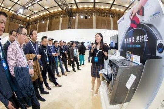 미국 상무부는 지난해 12월 월풀이 삼성과 LG의 중국산 세탁기에 반덤핑 관세를 부과해달라고 제소한 것에 대해 월풀의 손을 들어줬다. 사진은 삼성전자의 드럼세탁기.