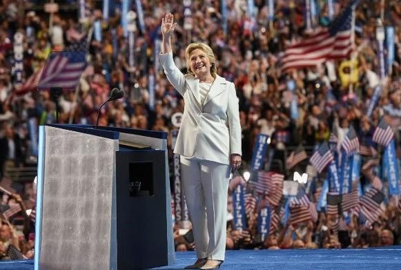 힐러리 클린턴 미국 민주당 대선후보가 28일(현지시간) 수락연설을 했다. (사진=CNN 화면 캡처)