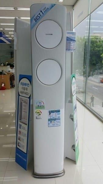 잘 팔리면서 여름과 겨울에도 모두 판매된 제품을 선정해 구매가격을 비교했다.