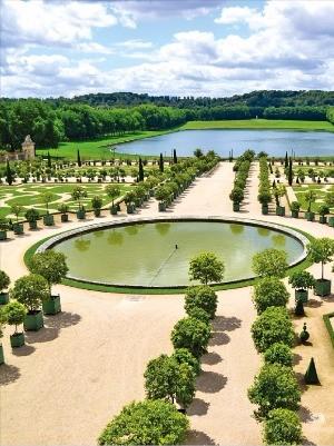 프랑스 파리의 베르사유 궁전 정원