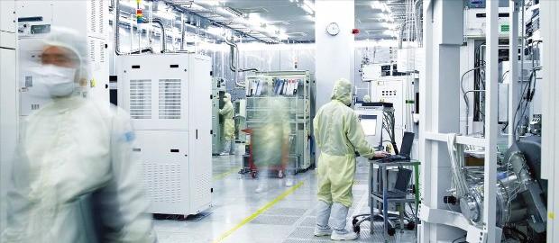 주성엔지니어링 R&D센터는 9개의 세계 최초 반도체·디스플레이 장비를 개발했다. 주성엔지니어링 제공
