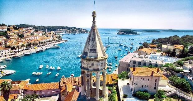 크로아티아 남서부의 흐바르 섬