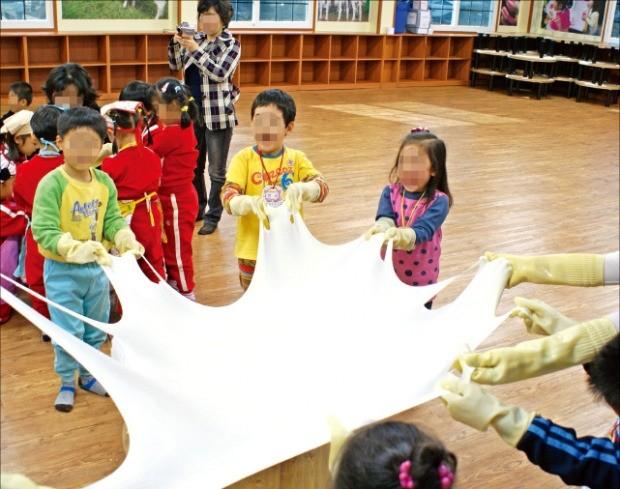 전북 임실치즈마을의 치즈 만들기 체험.