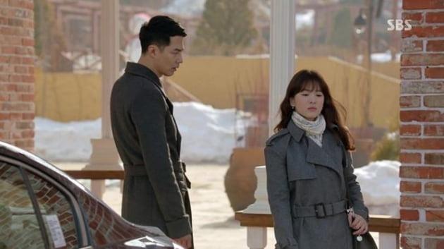SBS드라마 '그 겨울 바람이 분다'의 한장면. (출처 sbs 방송화면 캡쳐)