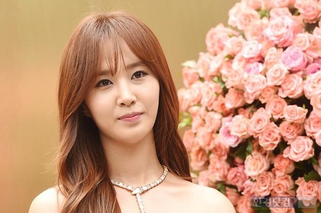 소녀시대 유리, '꽃보다 아름다운 미모'