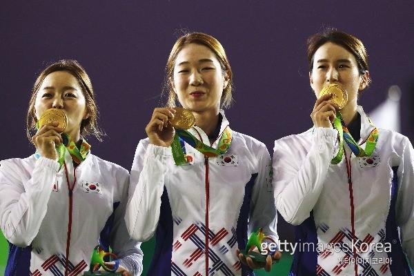여자 양궁대표팀 장혜진, 최미선, 기보배. ⓒ gettyimages/이매진스