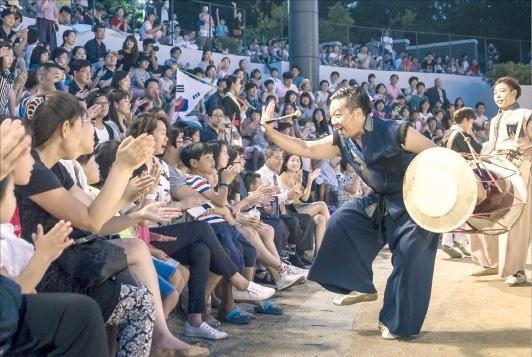 6일부터 다음달 24일까지 서울 서초동 국립국악원 야외공연장 연희마당에서 연희축제 '별별연희'가 열린다.