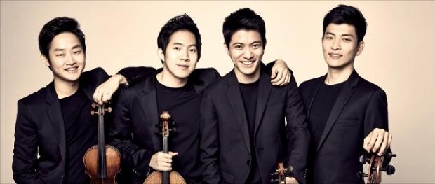 오는 21일부터 쇼스타코비치 연주회를 여는 현악사중주단 '노부스 콰르텟'. 목프로덕션 제공