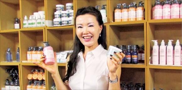 """수잔 박 프로와이드 대표는 """"한국에서도 고기능 천연 화장품을 꾸준히 출시해 브랜드 인지도를 높이겠다""""고 말했다. 김정은 기자"""