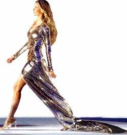 리우올림픽 개막식에 등장한 '브라질 톱 모델' 지젤 번천.