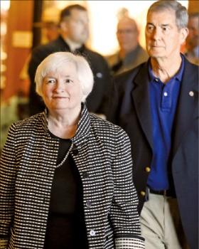 25일(현지시간) 미국 와이오밍주 잭슨홀에 도착한 재닛 옐런 Fed 의장. 잭슨홀AP연합뉴스