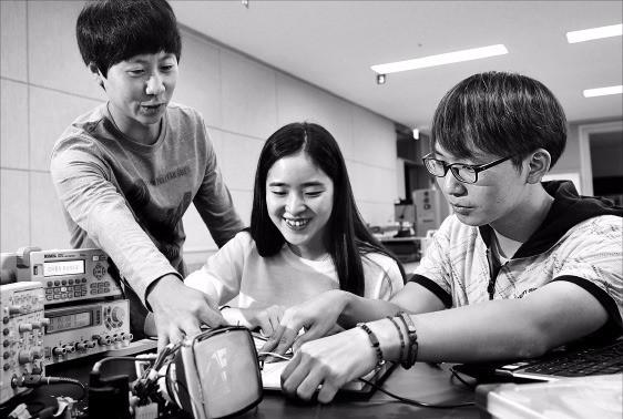 내년 신설하는 건양대 창의융합대학은 산업현장에서 즉시 활용 가능한 실습 위주의 교육 과정이 특징이다. 건양대 제공