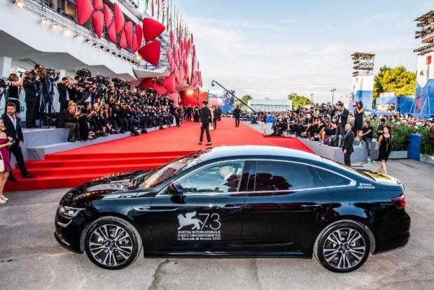 SM6의 유럽형 모델인 르노 탈리스만이 베니스 영화제 행사 기간에 배우들의 의전 차량으로 사용됐다. (사진=르노삼성 제공)