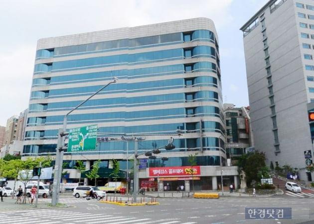 서울 서대문구 창천동의 사루비아 빌딩 (자료 지지옥션)