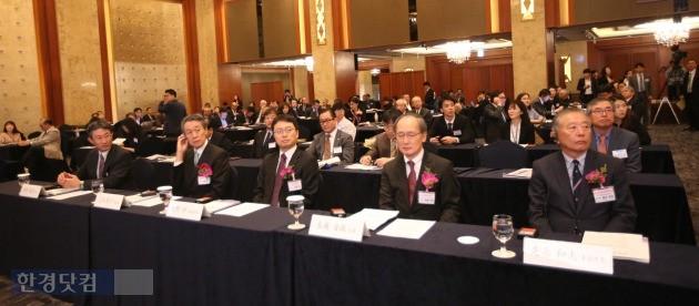 27일 서울 롯데호텔에서 열린 '한일산업기술페어' 행사장. 양국 정부 관계자와 기업인 등 300여명이 참석했다. / 한일산업기술협력재단 제공